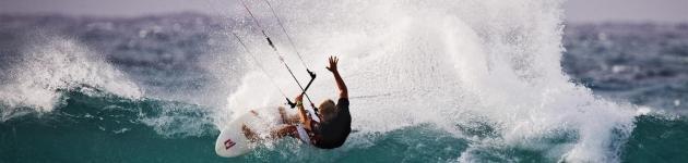 Body draggen met een kitesurfkite of vlieger Kitesurfles Scheveningen - Kitesurfen cursus