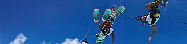 Sprongen en trucs met kitesurfen Kitesurfles Scheveningen - Kitesurfen cursus